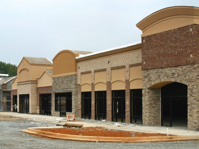 Three Keys for More Manageable Retail Roof Maintenance