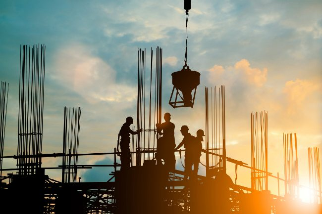 Expectations & Benefits of Working for a Commercial Roofing Company